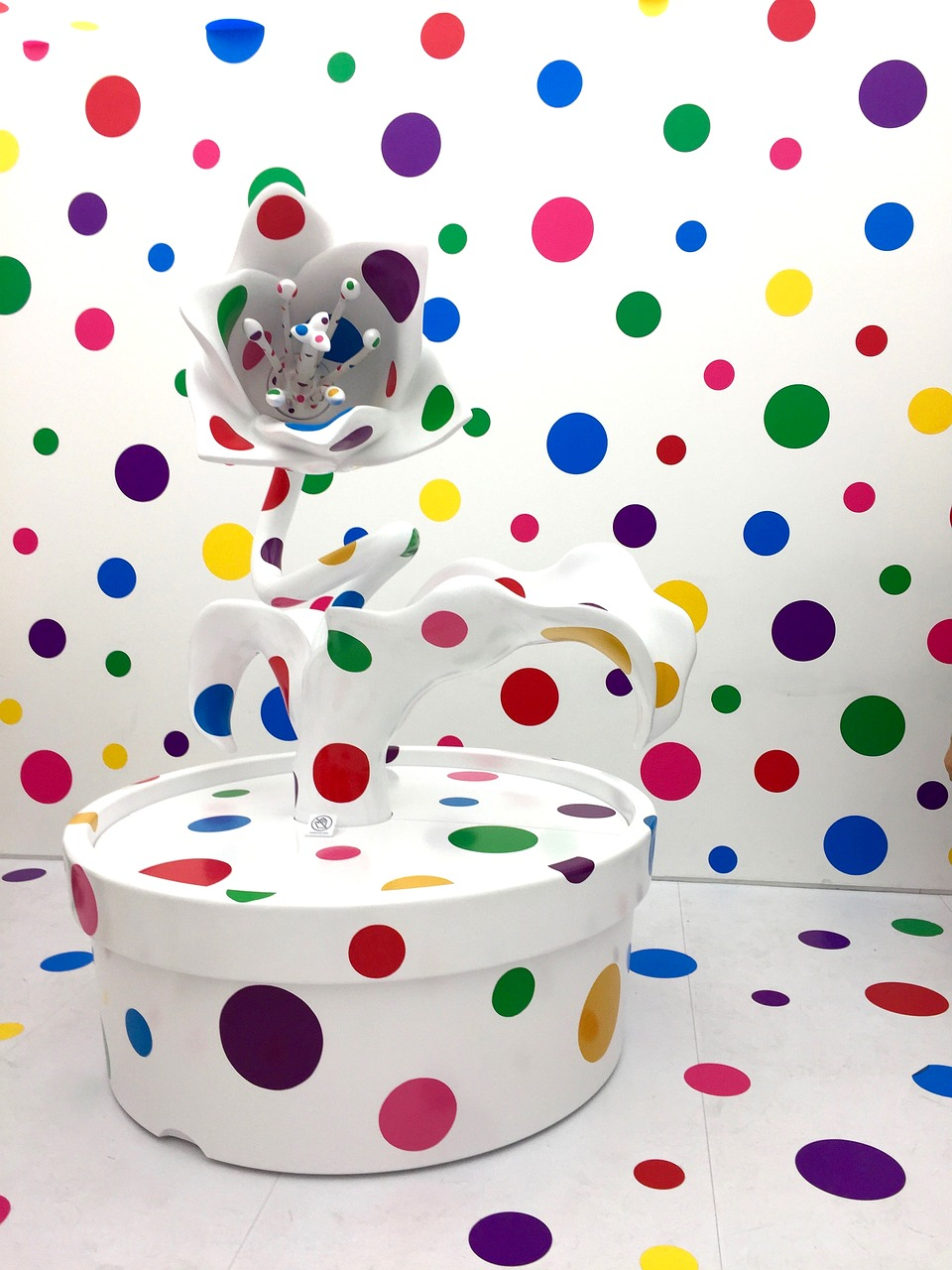 yayoi kusama artist japanese dots flower free photo from. Black Bedroom Furniture Sets. Home Design Ideas