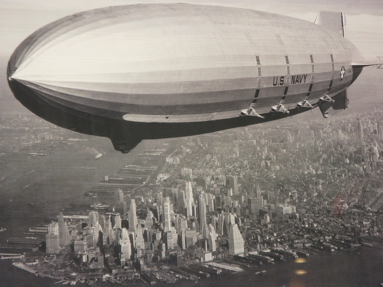 zeppelin new york ny free photo