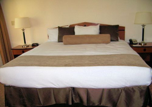 Hotel King Size Bed