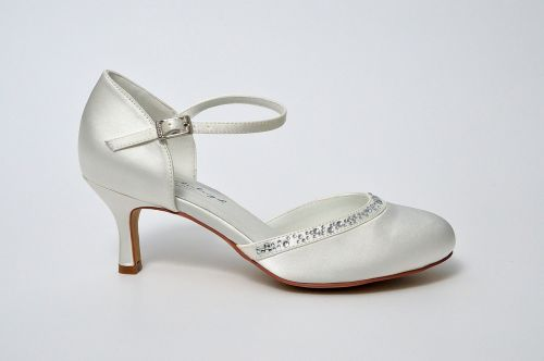 a couple of fashion shoe