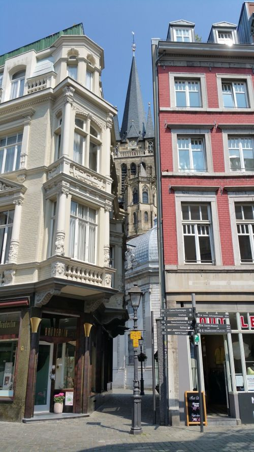 aachen charlemagne streets