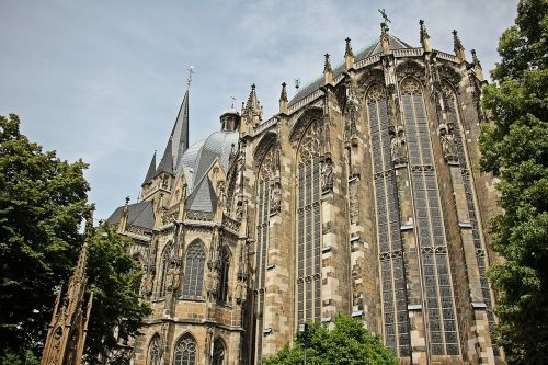 aachen cathedral dom church