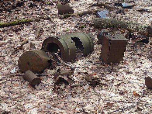 abandoned barrel rust trash