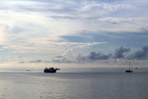 abendstimmung ships boot