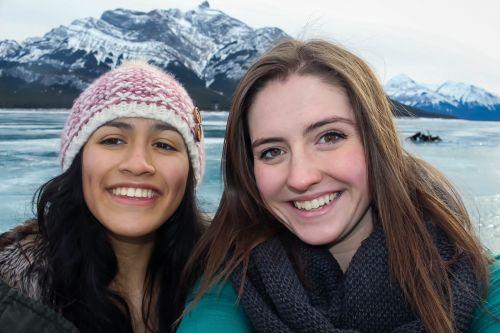 abraham lake selfie mountain