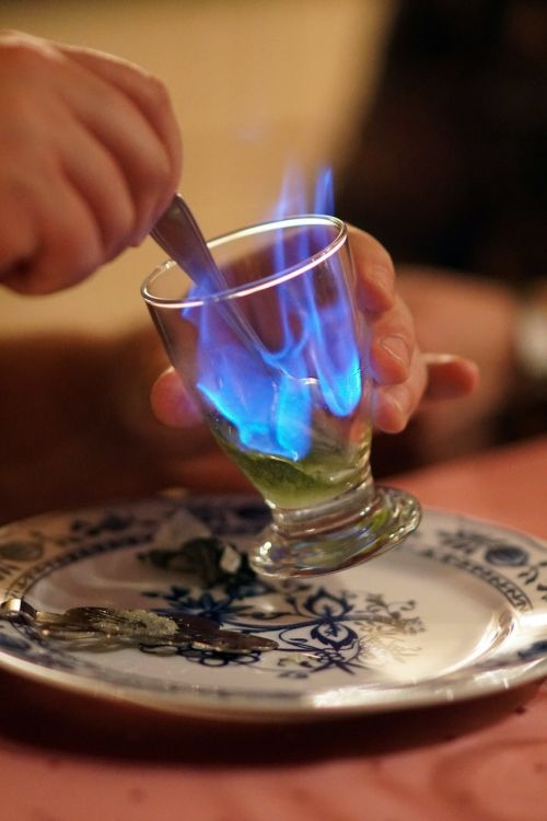absinthe flame alcohol