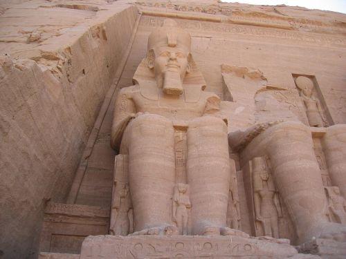 abu simbel,architektūra,religinė architektūra,Egiptas,istorinis