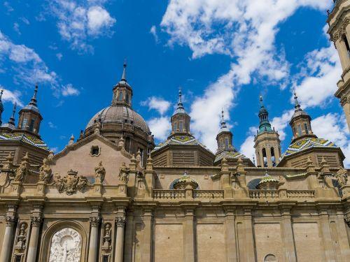 abutment saragossa basilica