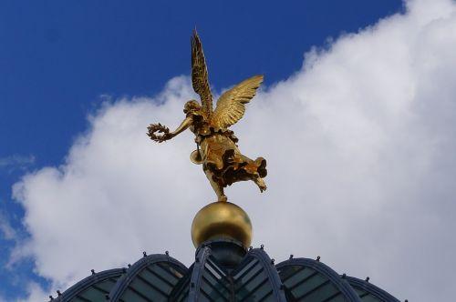academy of fine arts dresden angel