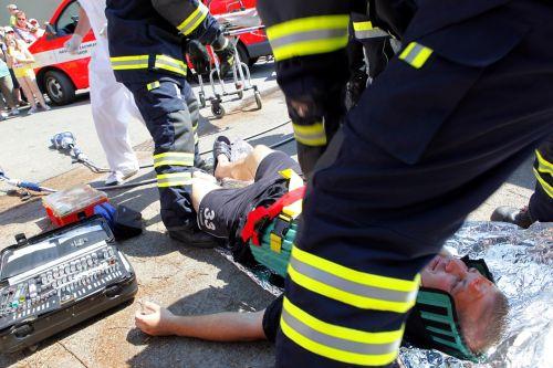 accident fireman help