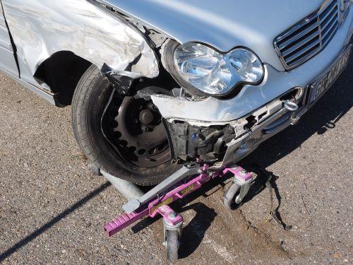 accident auto broken