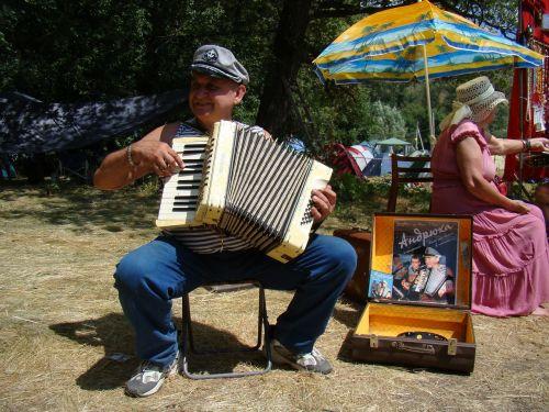 accordion player man accordion