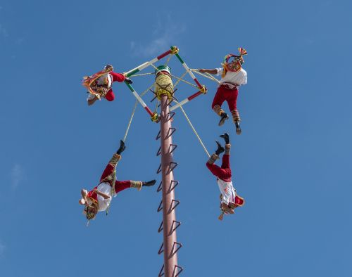 acrobats flying cozumel