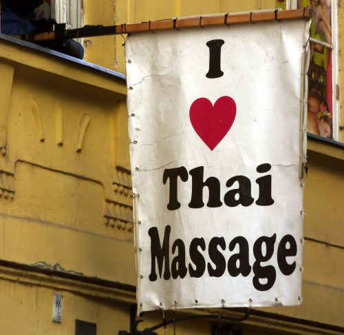 ad massage tourists