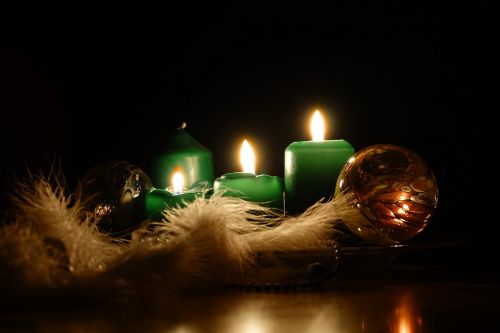advent 3 candle