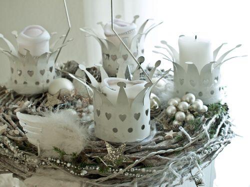 advent wreath white christmas