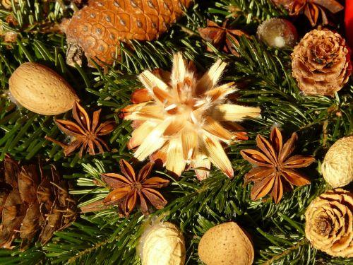 advent wreath seeds ornament
