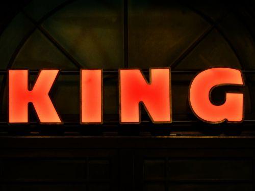 skelbimas,neoninis ženklas,karalius,raudona,skydas,reklaminis ženklas,raidės