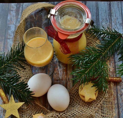 advocaat liqueur egg
