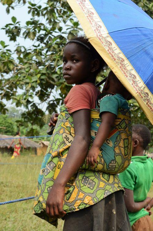 africa little girl big sister