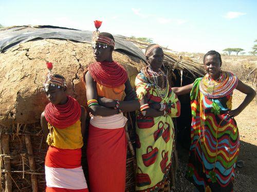 africa women posing