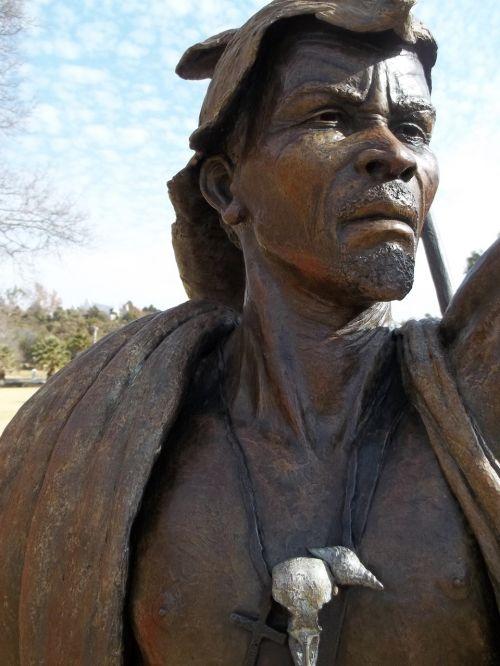 african chief bronze exhibition
