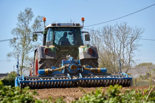 agricultural work tractor agriculture