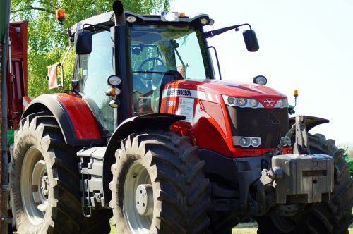 agriculture massey ferguson tractors