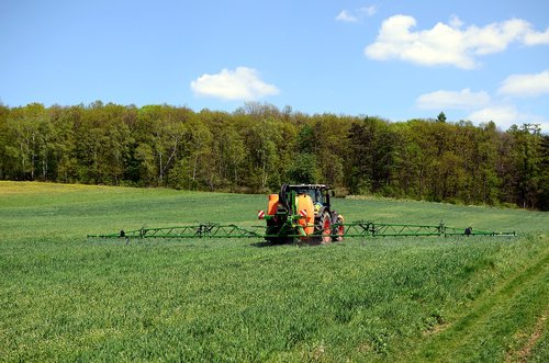 agriculture  spraying  fields