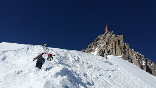 aiguille du midi mountaineer backcountry skiiing
