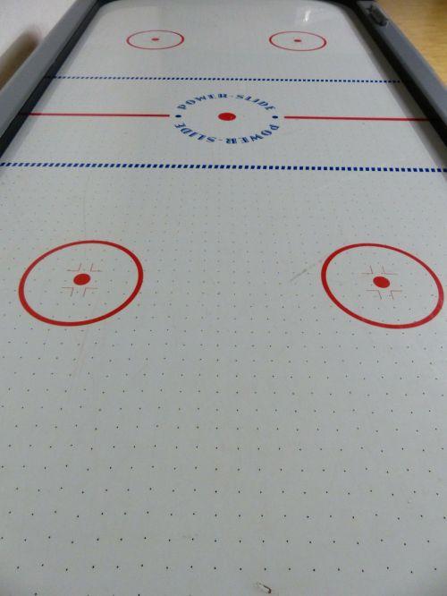 air hockey play leisure pass