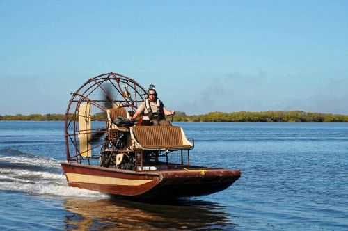 airboat boat swamp