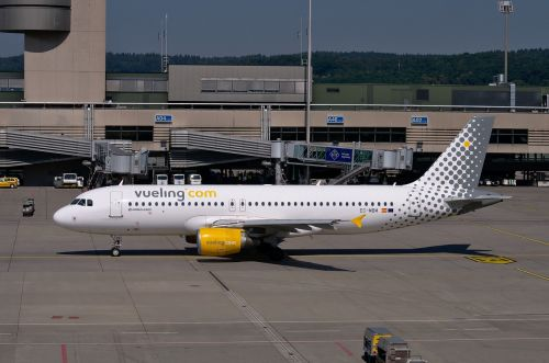 airbus a320 vueling aircraft