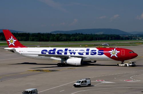 airbus a330 edelweiss airport zurich