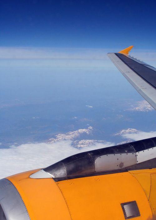 aircraft wing turbine