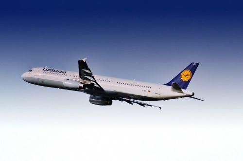 aircraft airport lufthansa