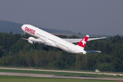 aircraft swiss boeing 777