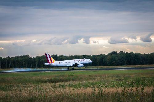 aircraft land brake