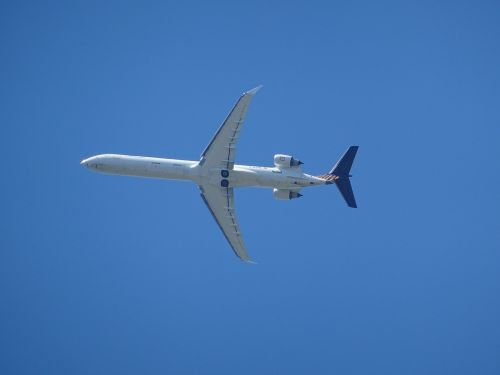 aircraft airliner passenger machine