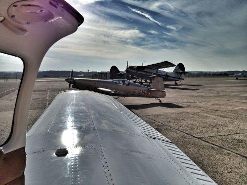 aircraft piper aerobatics
