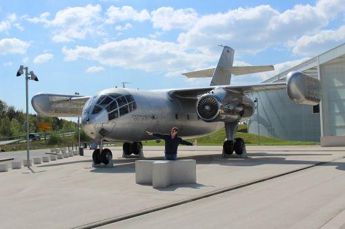 aircraft aerobatics shiny