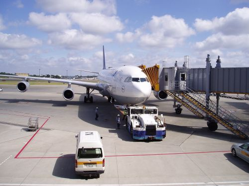 aircraft airport flyer