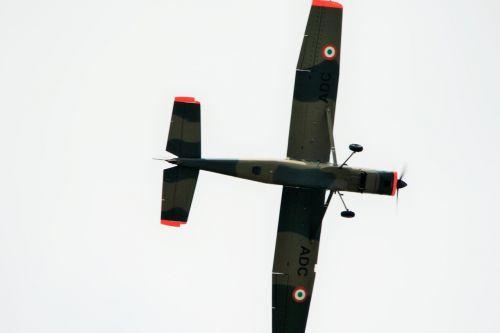 aircraft flying bosbok