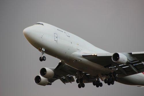 aircraft jumbo jet aviation