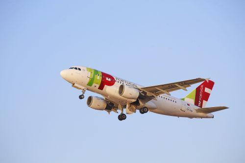 aircraft take off aircraft flight