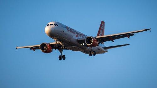 aircraft  land  landing