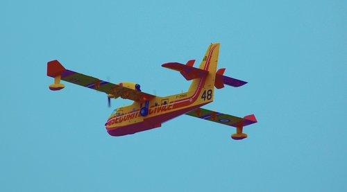 aircraft  firefighter  fire
