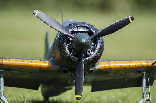 aircraft  propeller  flying