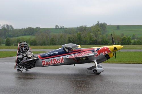 aircraft  aerobatics  propeller plane