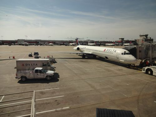 aircraft delta airlines atlanta